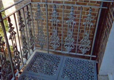 Traditional Casting Railings & Staircase